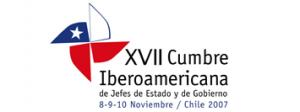 """logotipo XVII Cumbre Iberoamericana Santiago de Chile 2007 – """"Cohesión social y políticas sociales para alcanzar sociedades más inclusivas en Iberoamérica""""."""