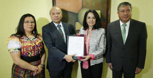 Guatemala se adhiere a Iberartesanías