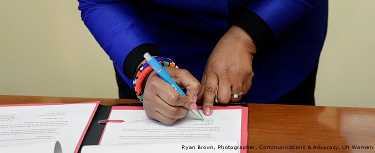 Firma de acuerdo entre SEGIB y ONU Mujeres